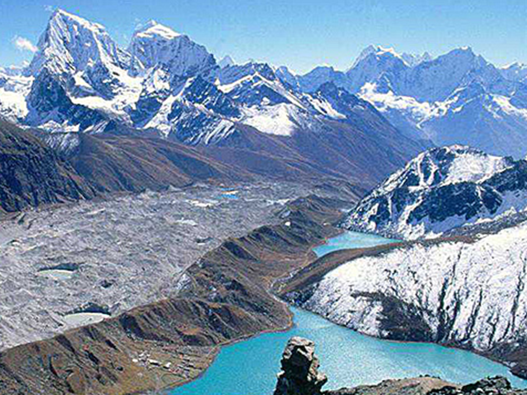 Gokyo Everest Base Camp Trek 18 Days
