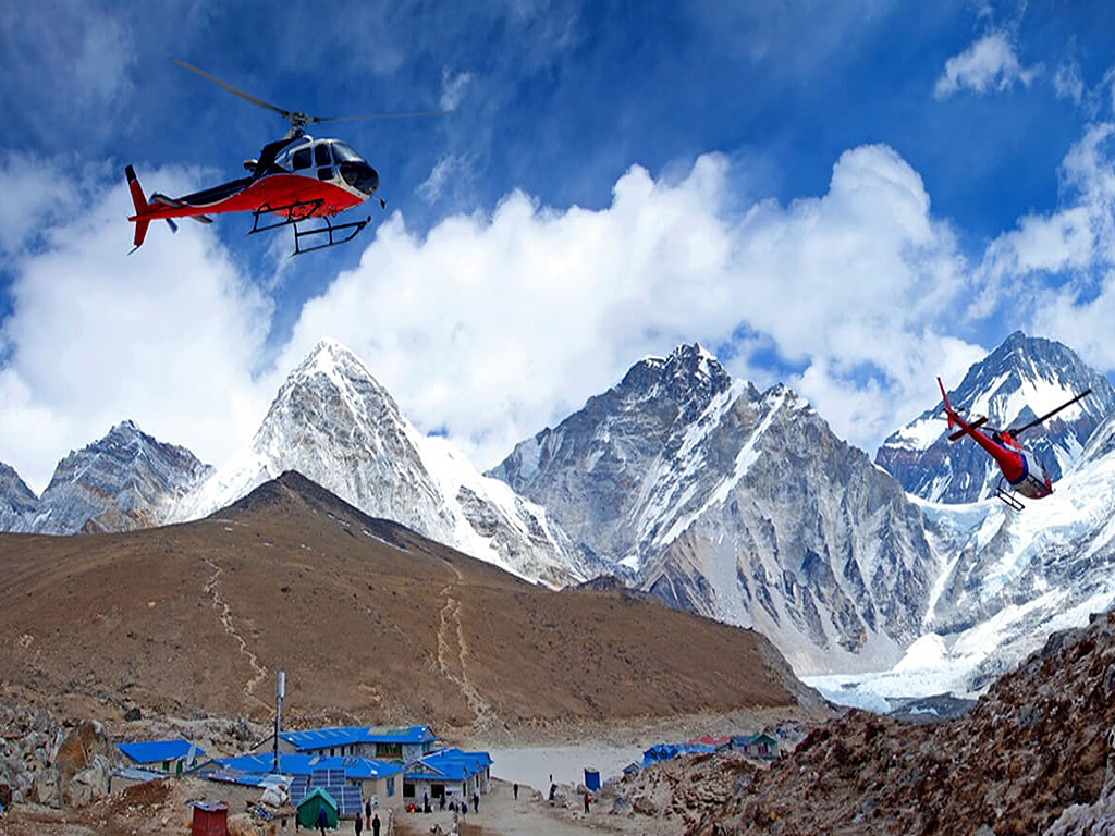 Helicopter Tour to Everest Base Camp with landing at Kalapathar